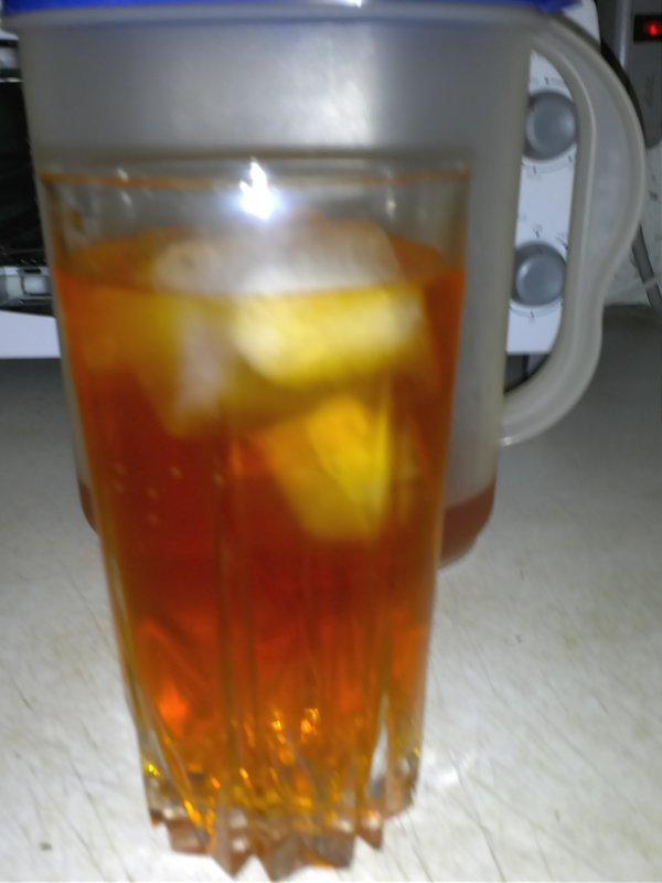 Dandelion ice tea.jpg