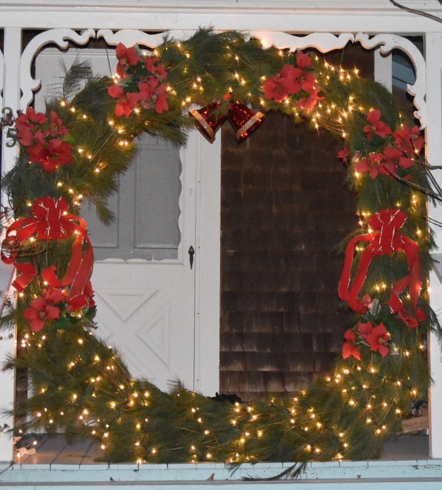 wreath teg 2018.jpg